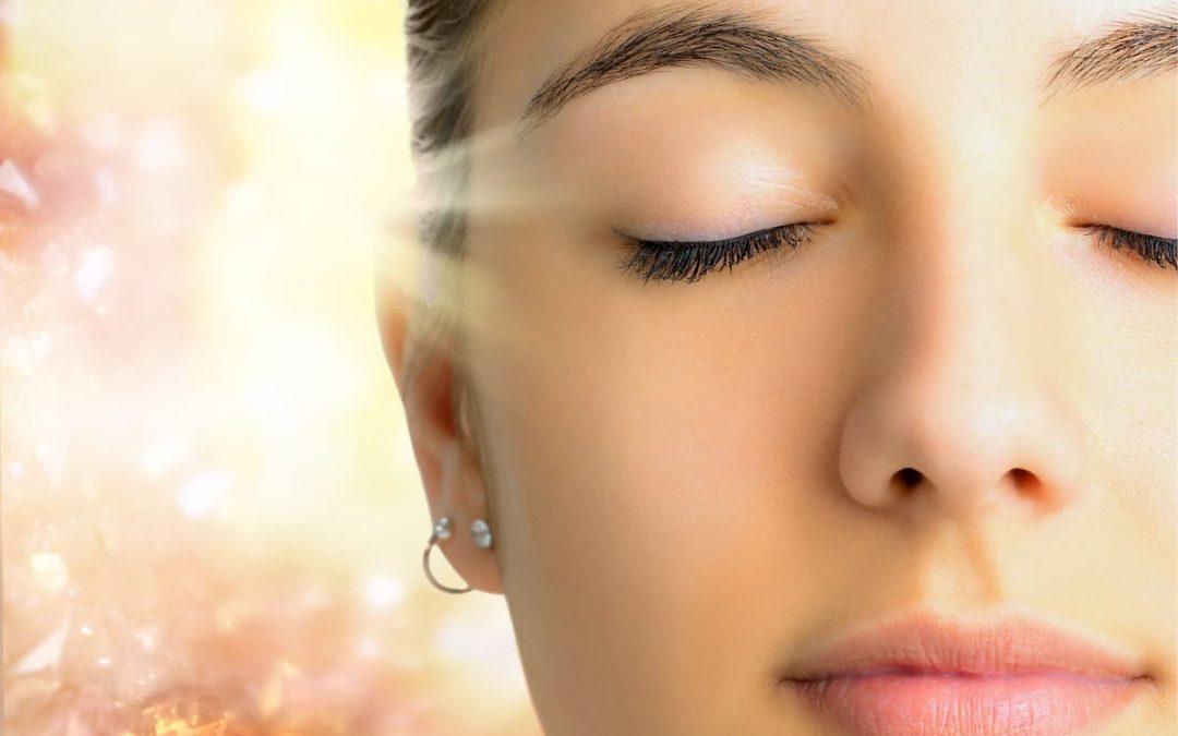 woman receiving long distance healing with Scalar Light
